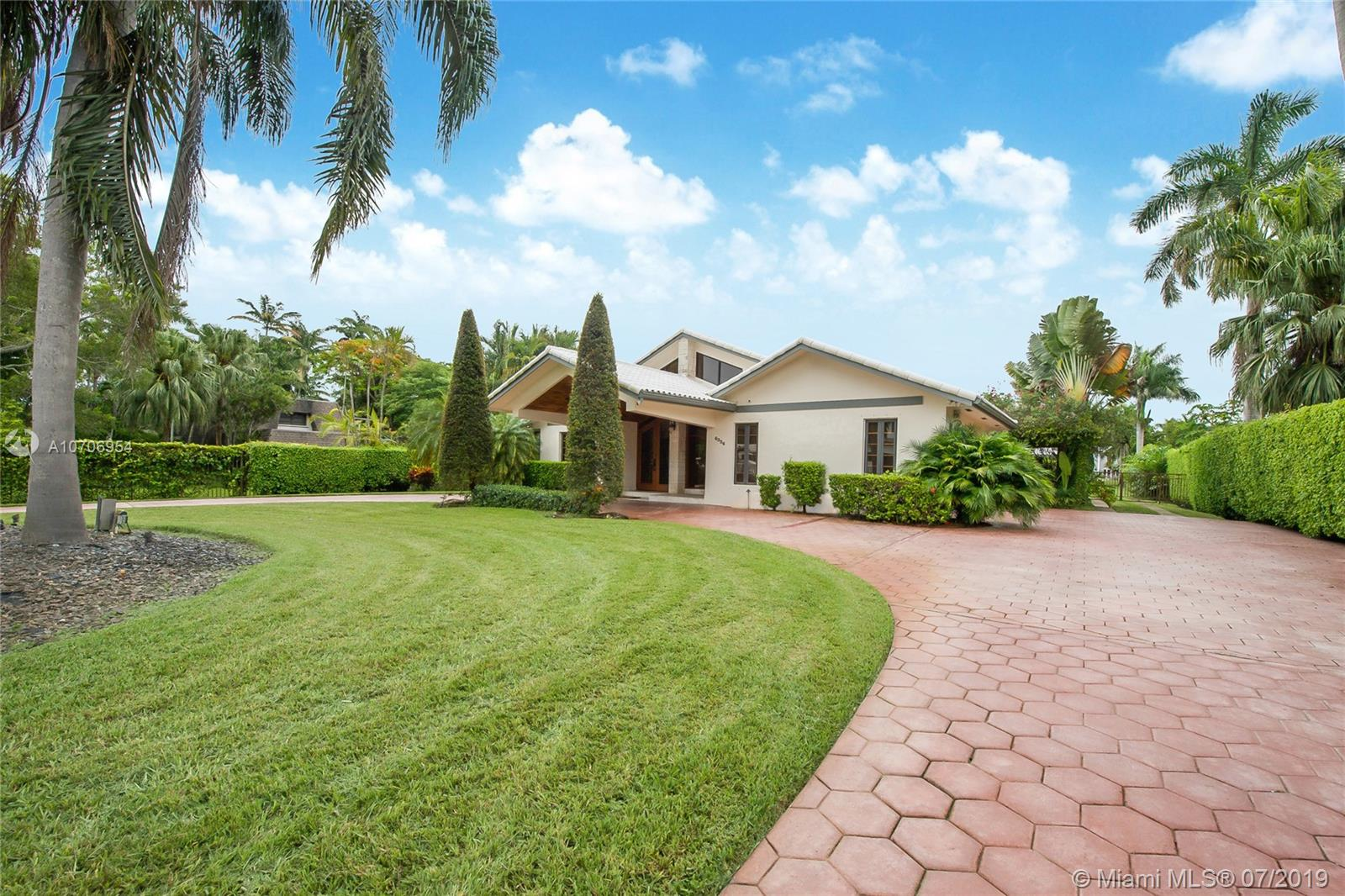 6336 SW 85th St  For Sale A10706954, FL