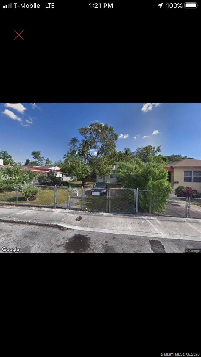 304 NW 32nd St  For Sale A10708169, FL