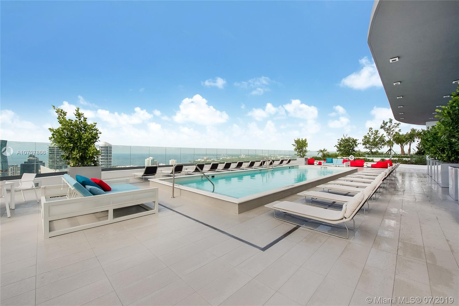 45 SW 9th St #2107 For Sale A10707866, FL