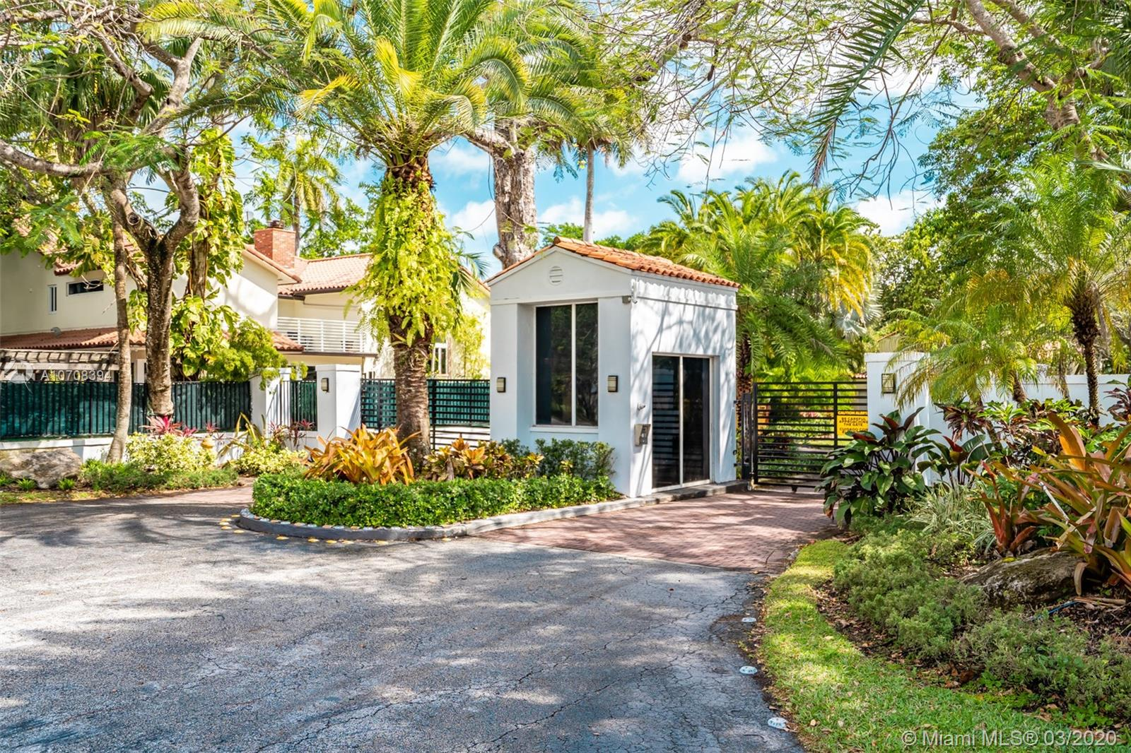 6619 Mimosa Ct, South Miami, FL 33143