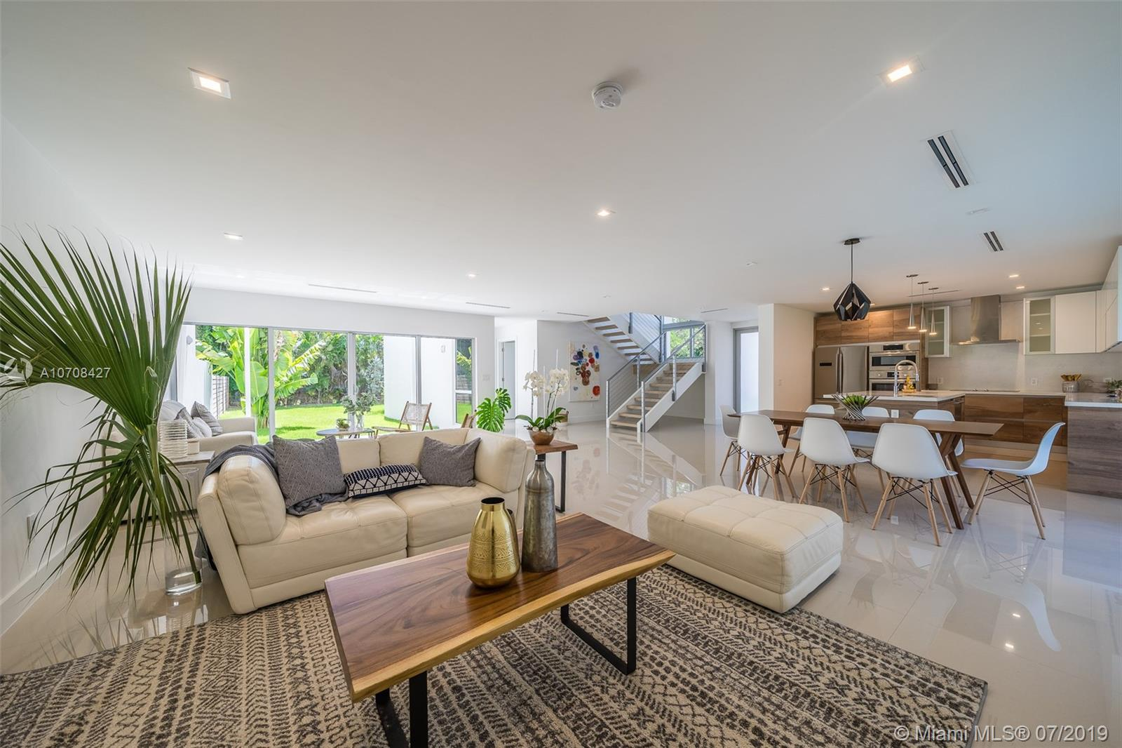 8131 SW 124 St #2 For Sale A10708427, FL