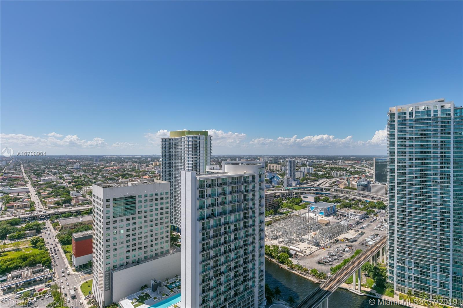 88 SW 7th St #3410 For Sale A10708904, FL