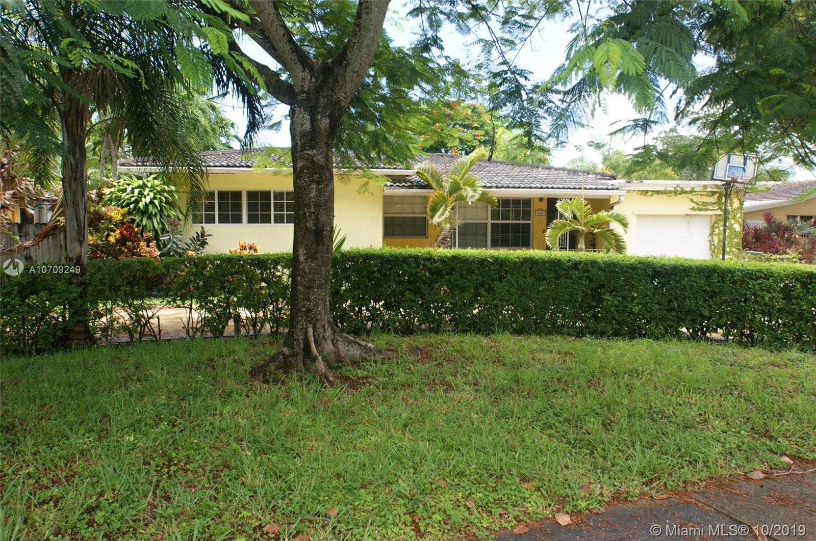 900  Meadowlark Ave  For Sale A10709249, FL