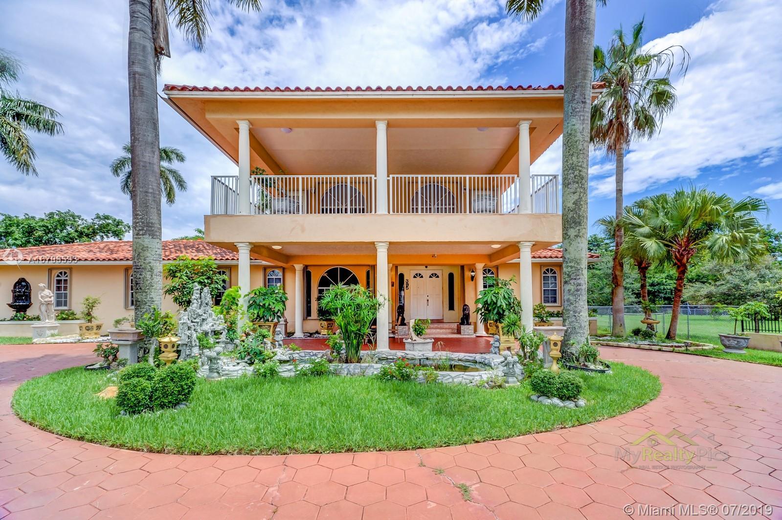 395 NE 154th St, Miami, FL 33162