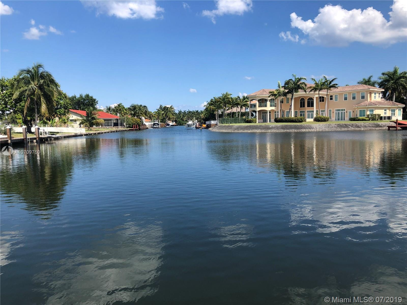 921  Diplomat Pkwy  For Sale A10709750, FL