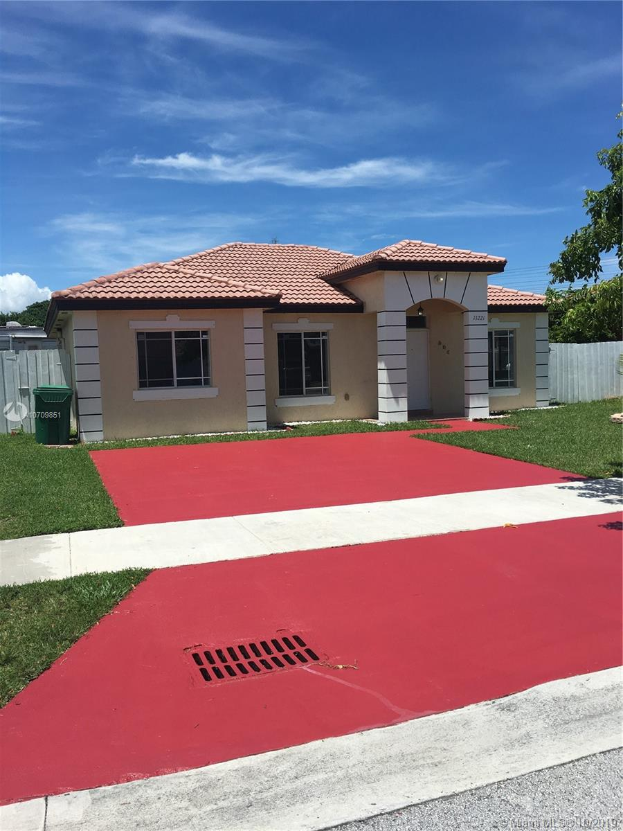 13221 SW 251st Ln  For Sale A10709851, FL