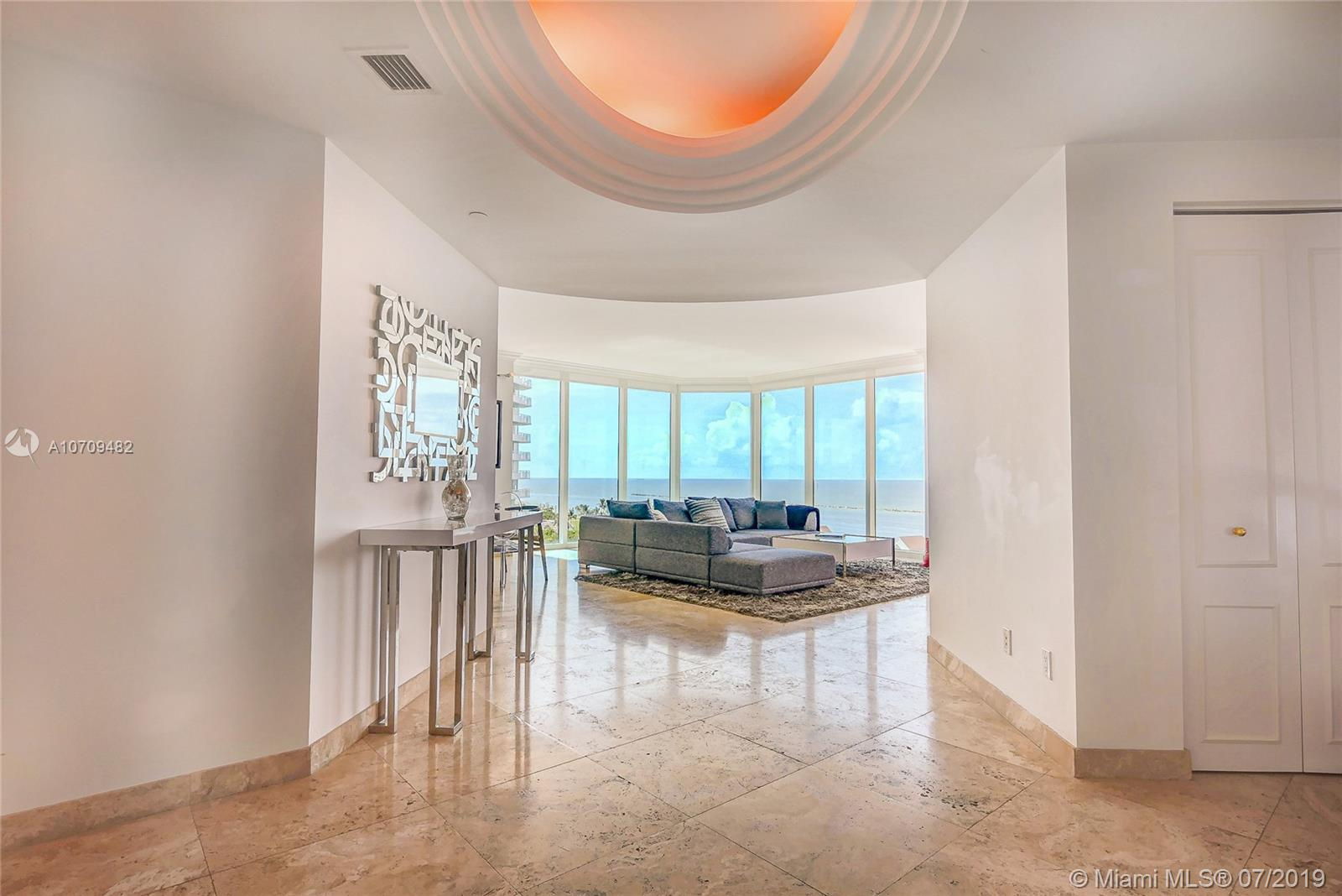 300 S Pointe Dr #1001 For Sale A10709482, FL