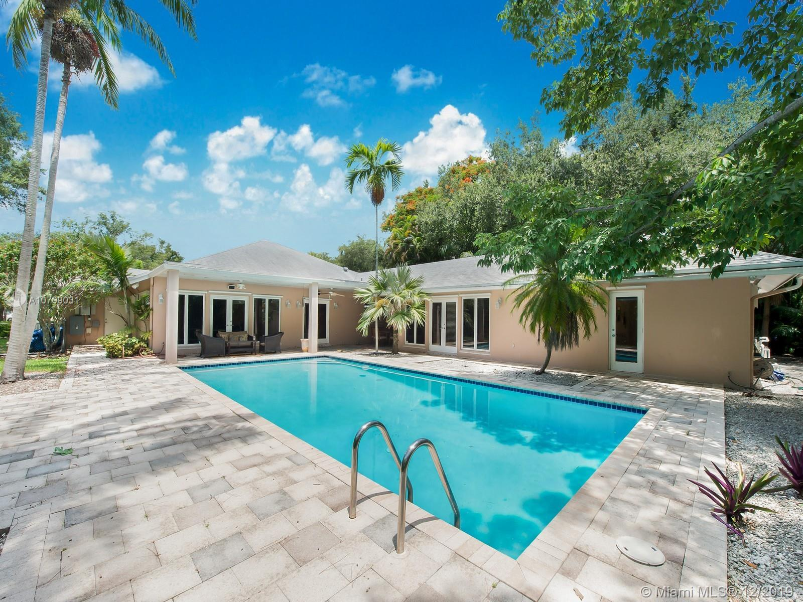 12201 SW 62nd Ave, Pinecrest, FL 33156