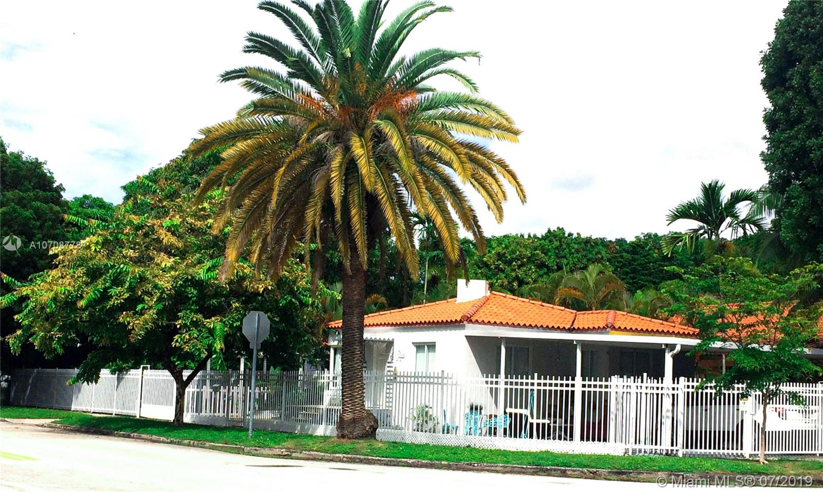 2300 SW 9th Ave  For Sale A10708778, FL