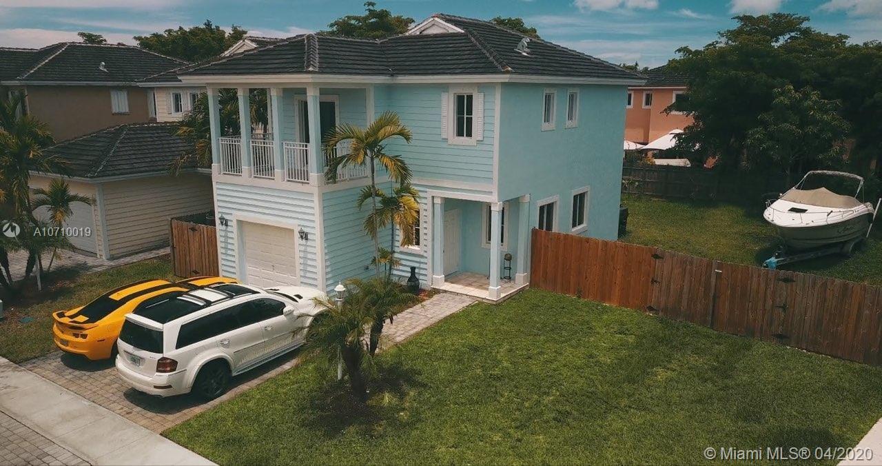 361 NE 34th Ave  For Sale A10710019, FL