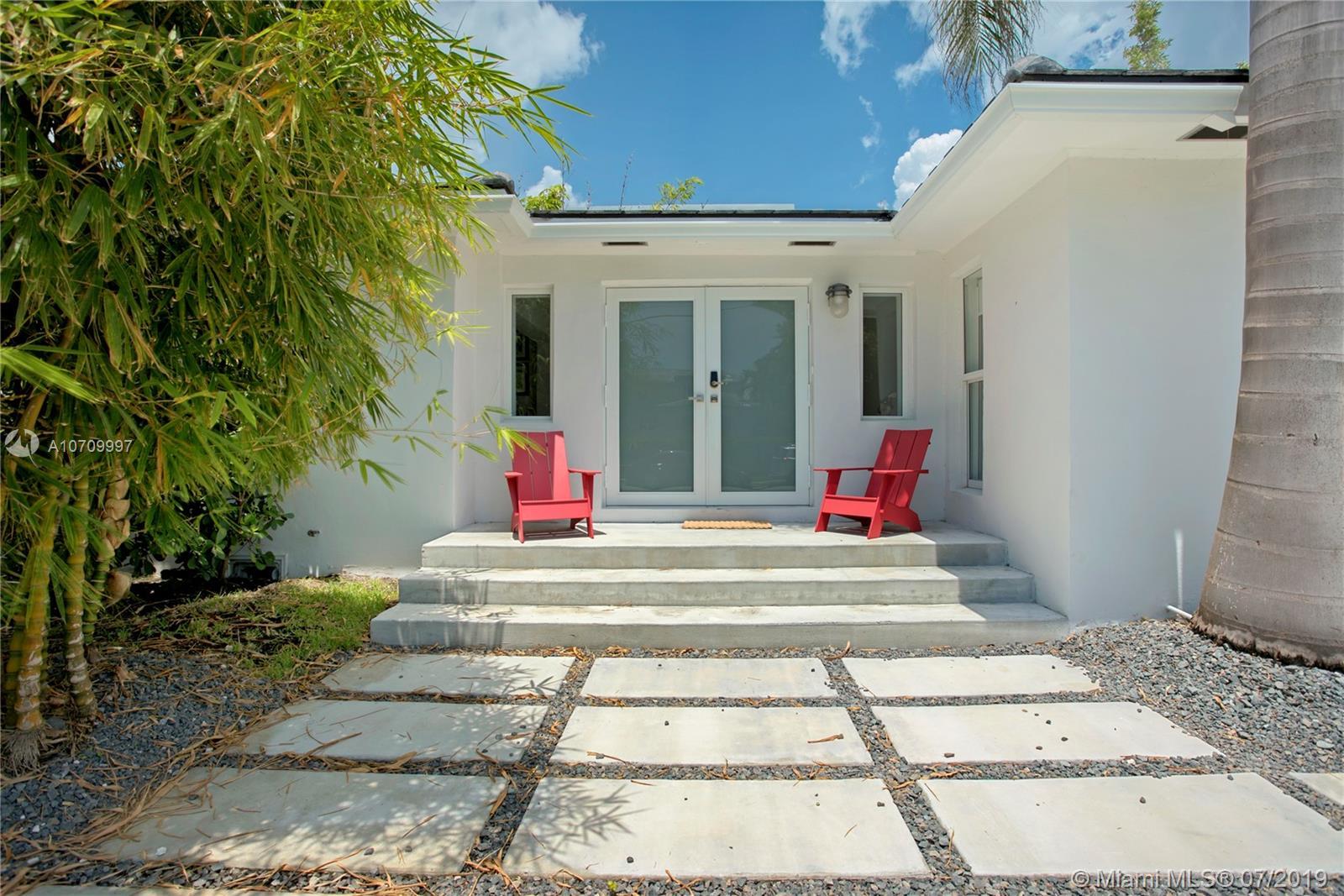 424 E Dilido Dr, Miami Beach FL 33139