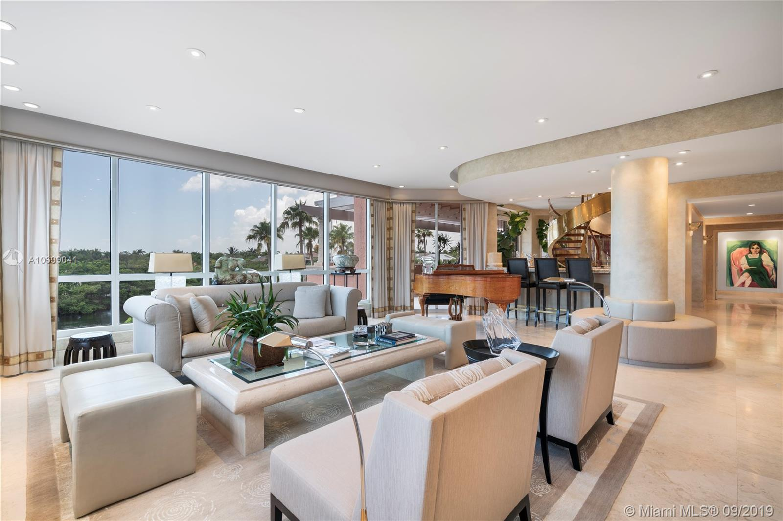 10  Edgewater Dr   3A/4A