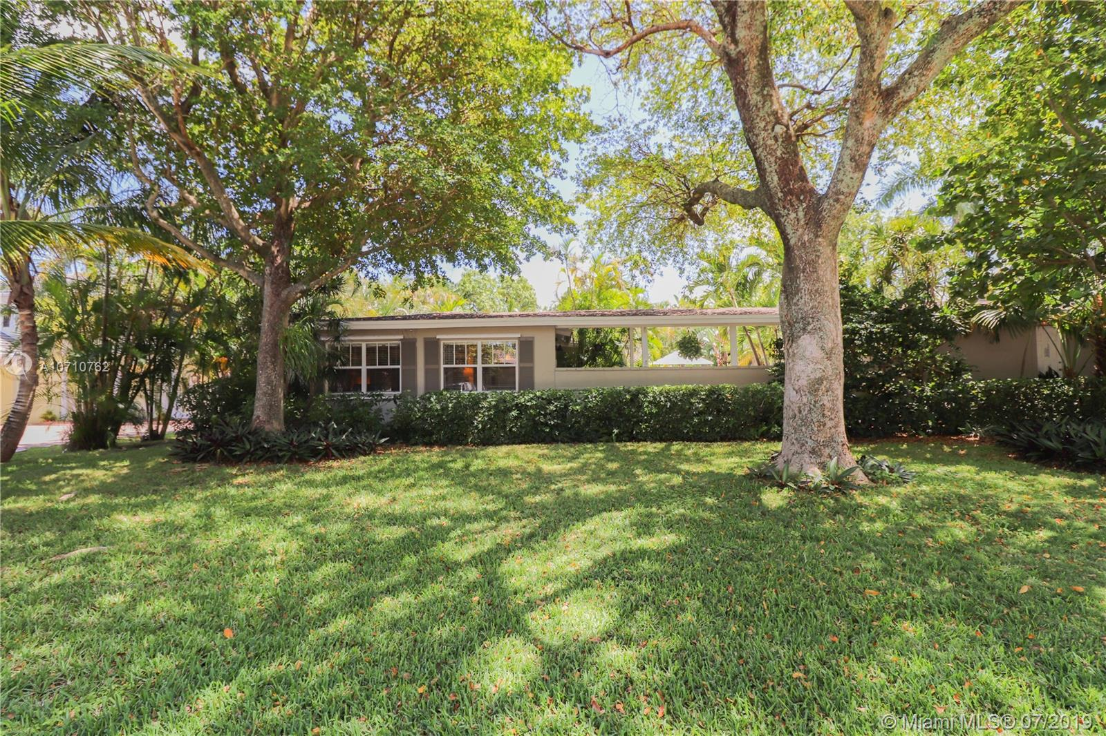 1626 N E 26th Ave  For Sale A10710762, FL
