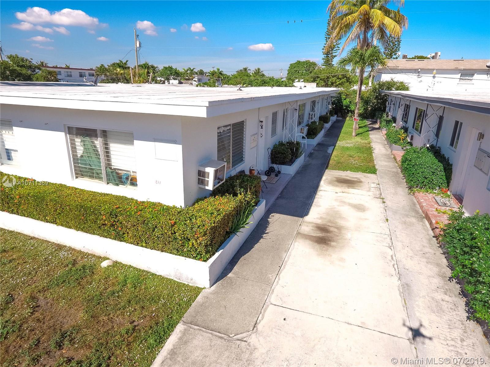 811  81st St  For Sale A10711369, FL