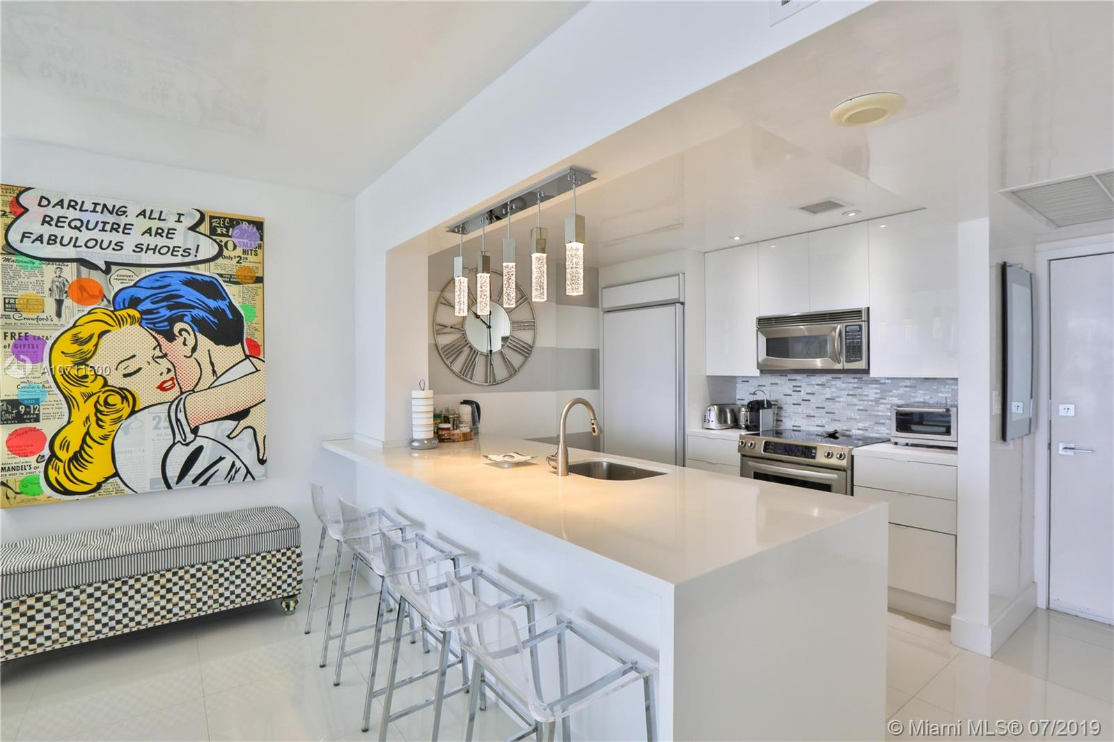 10275  Collins Ave   1226