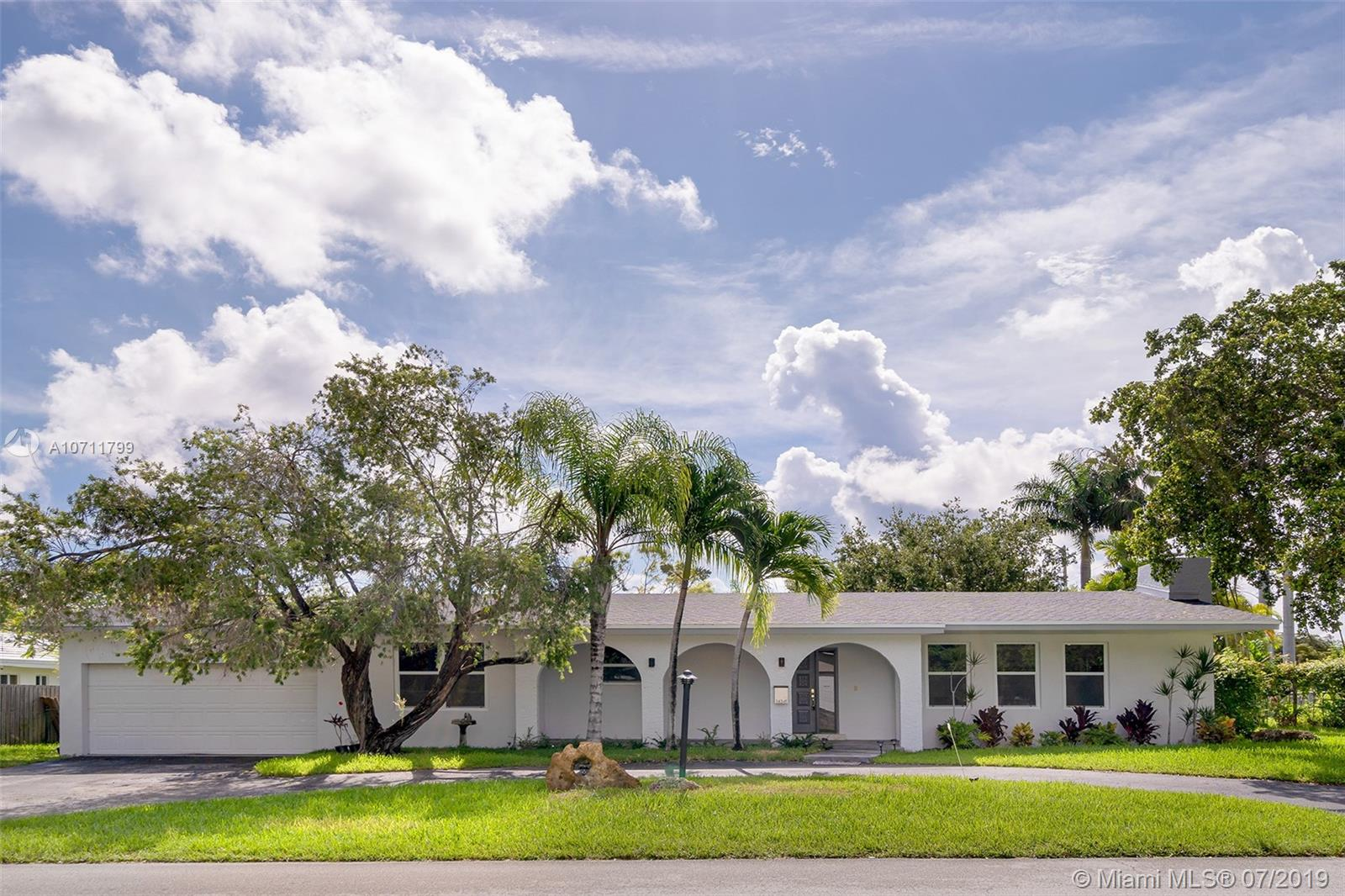 14341 SW 78th Ct  For Sale A10711799, FL
