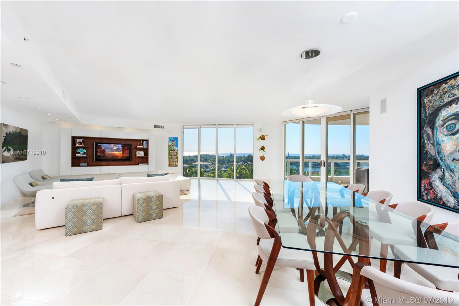21200  Point Pl #903 For Sale A10710910, FL