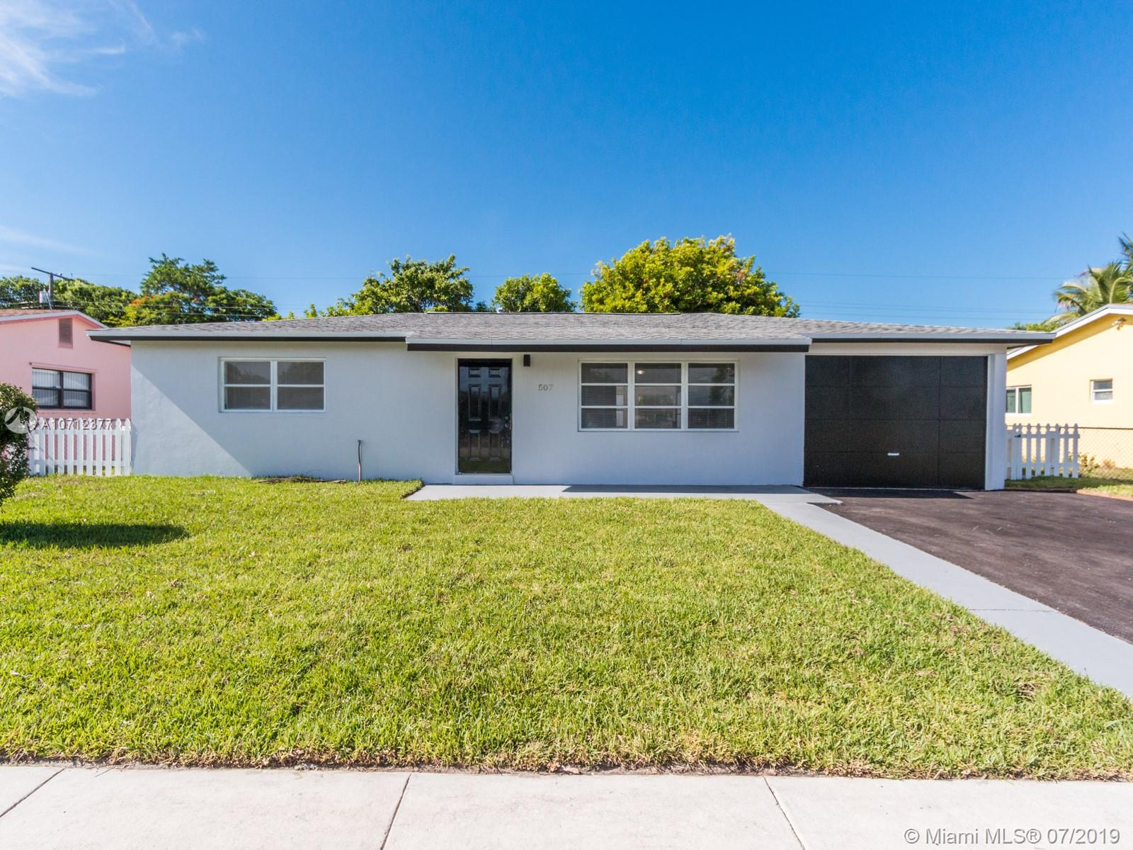 507 W 29th St  For Sale A10712377, FL
