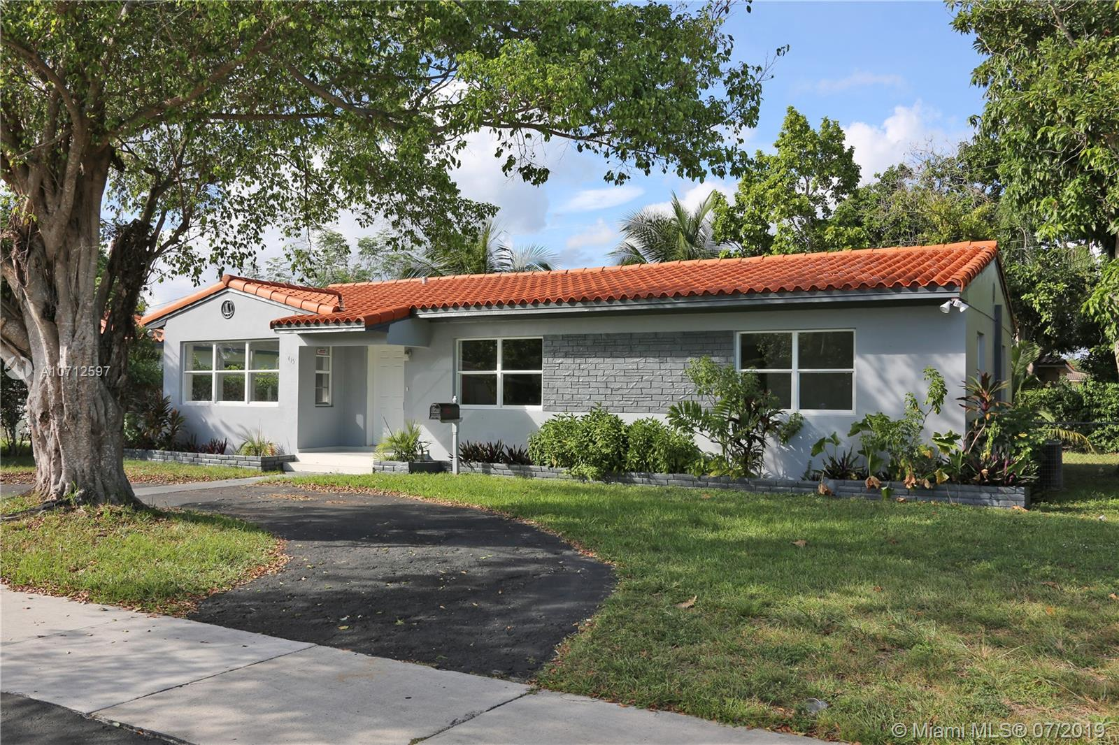 415 N W 111th St  For Sale A10712597, FL