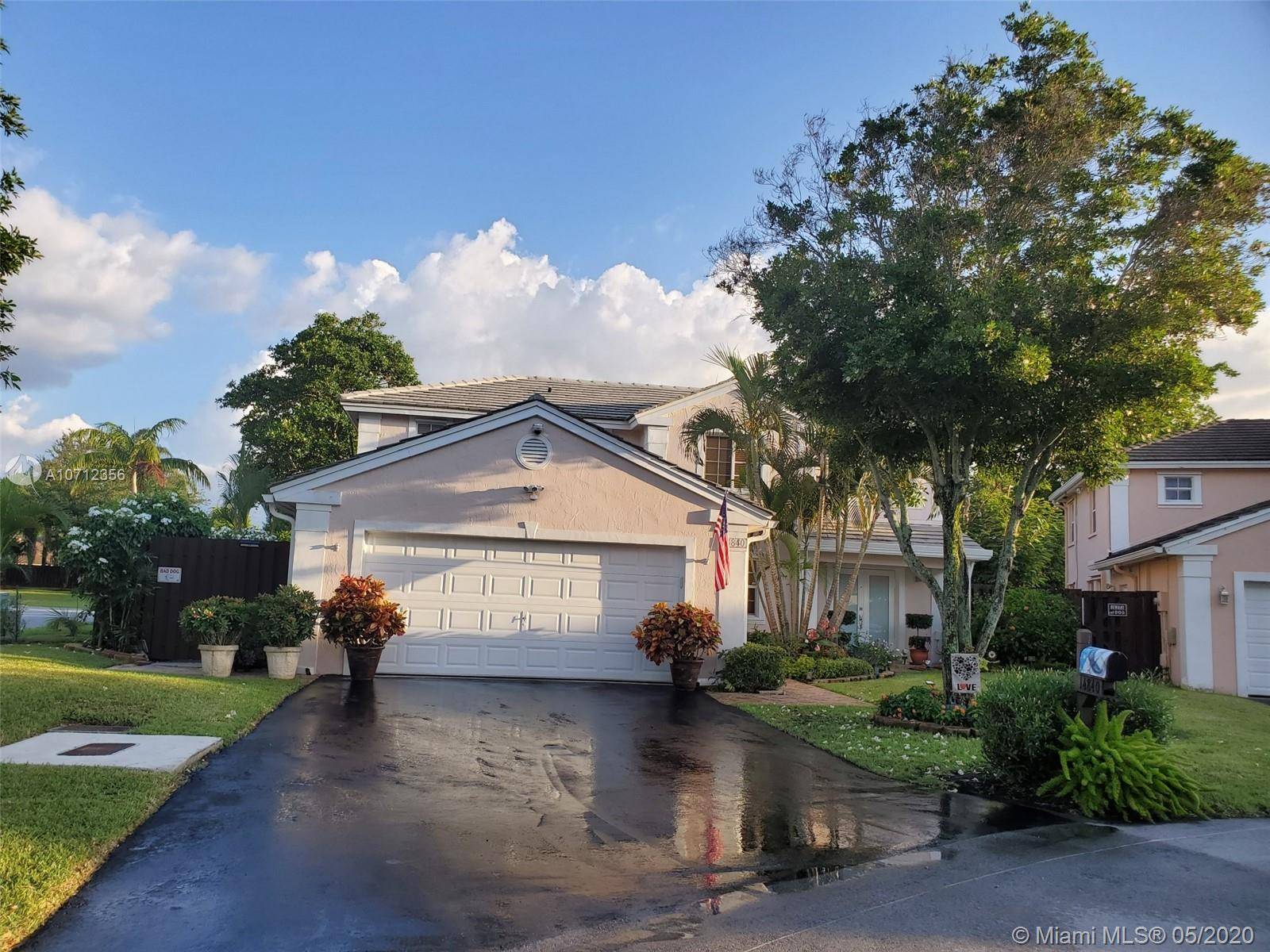 14840 SW 46th Ln  For Sale A10712356, FL