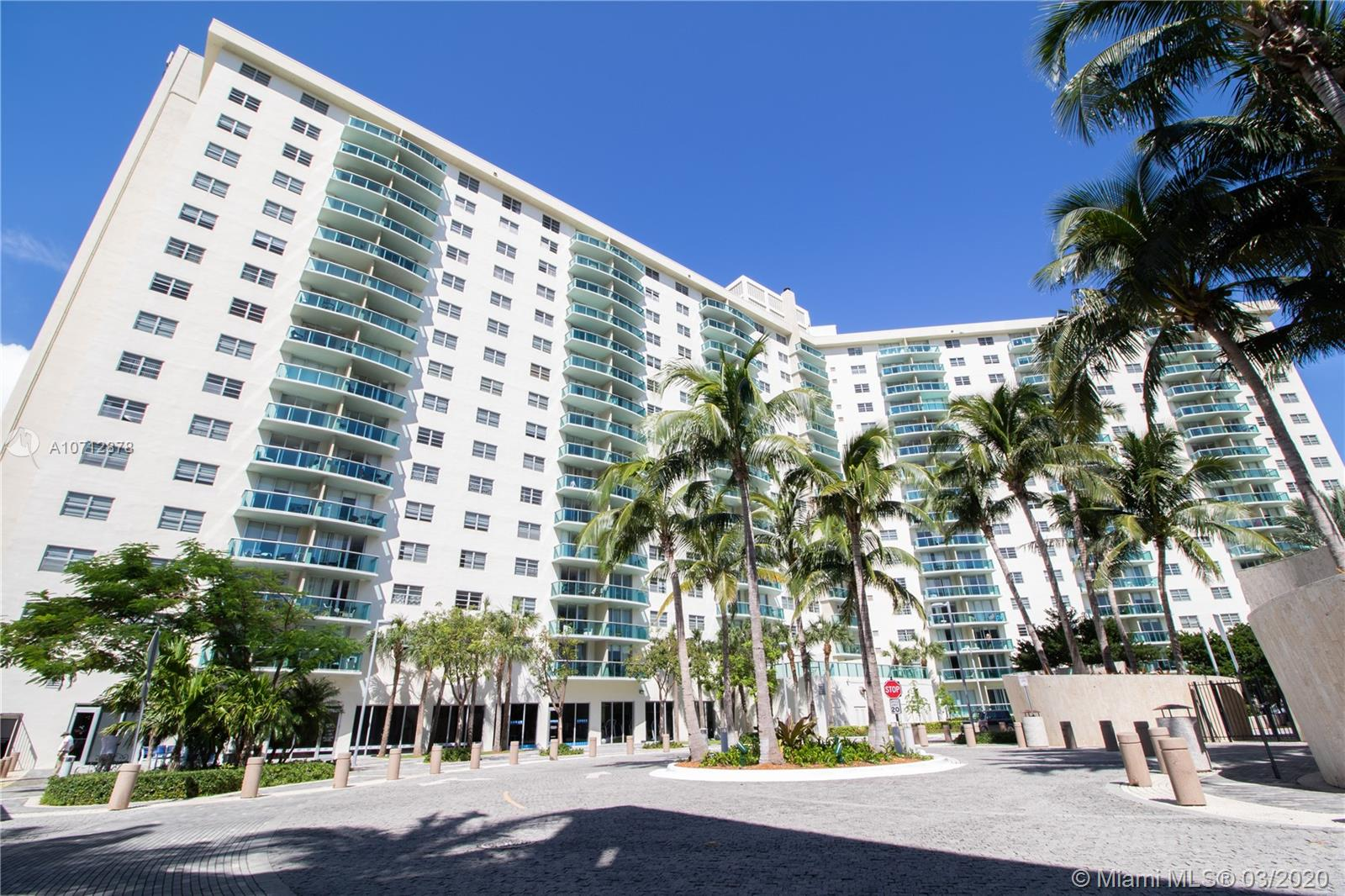 19370  Collins Ave #406 For Sale A10712878, FL