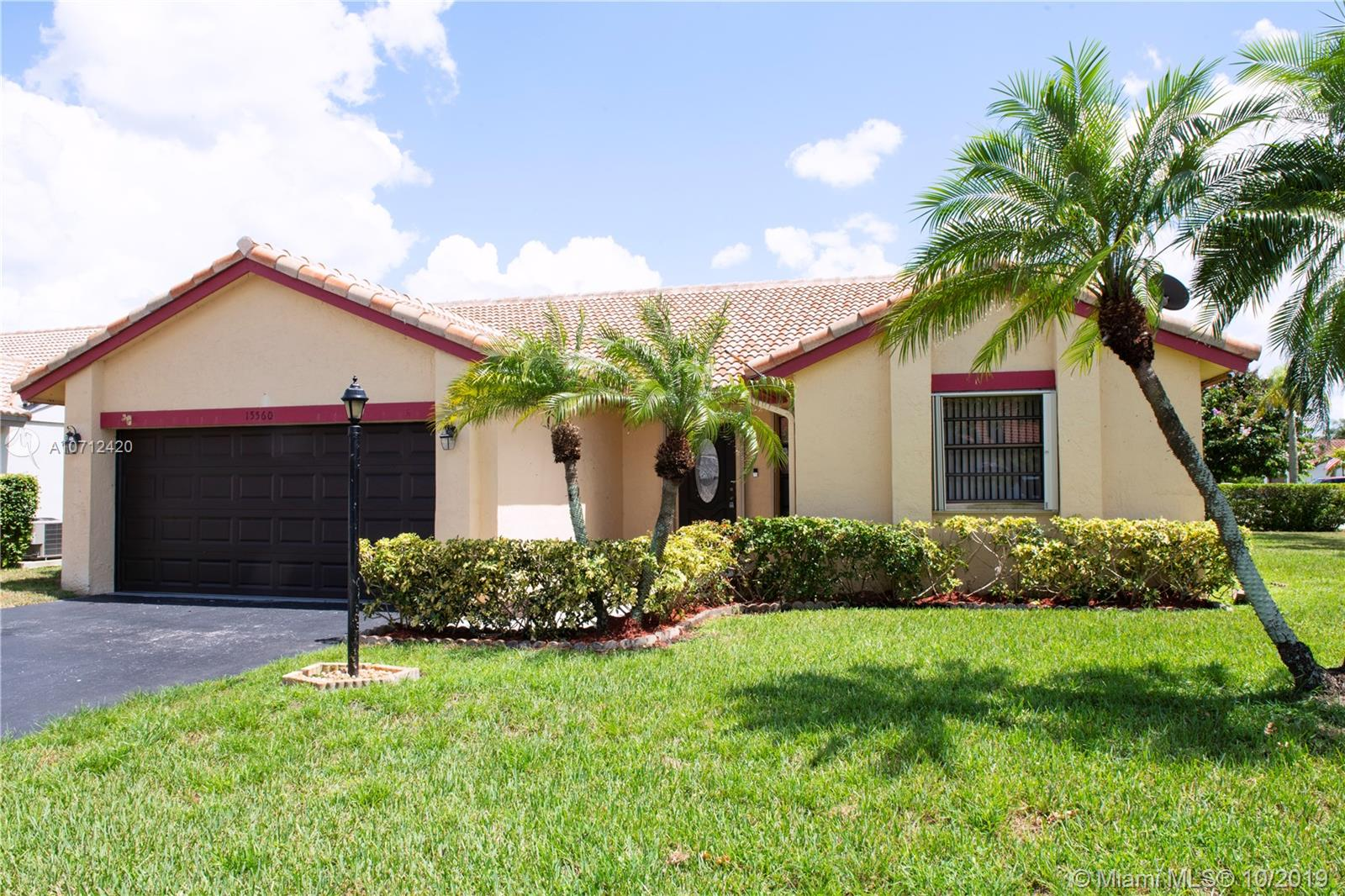 15560  Dover Ct  For Sale A10712420, FL