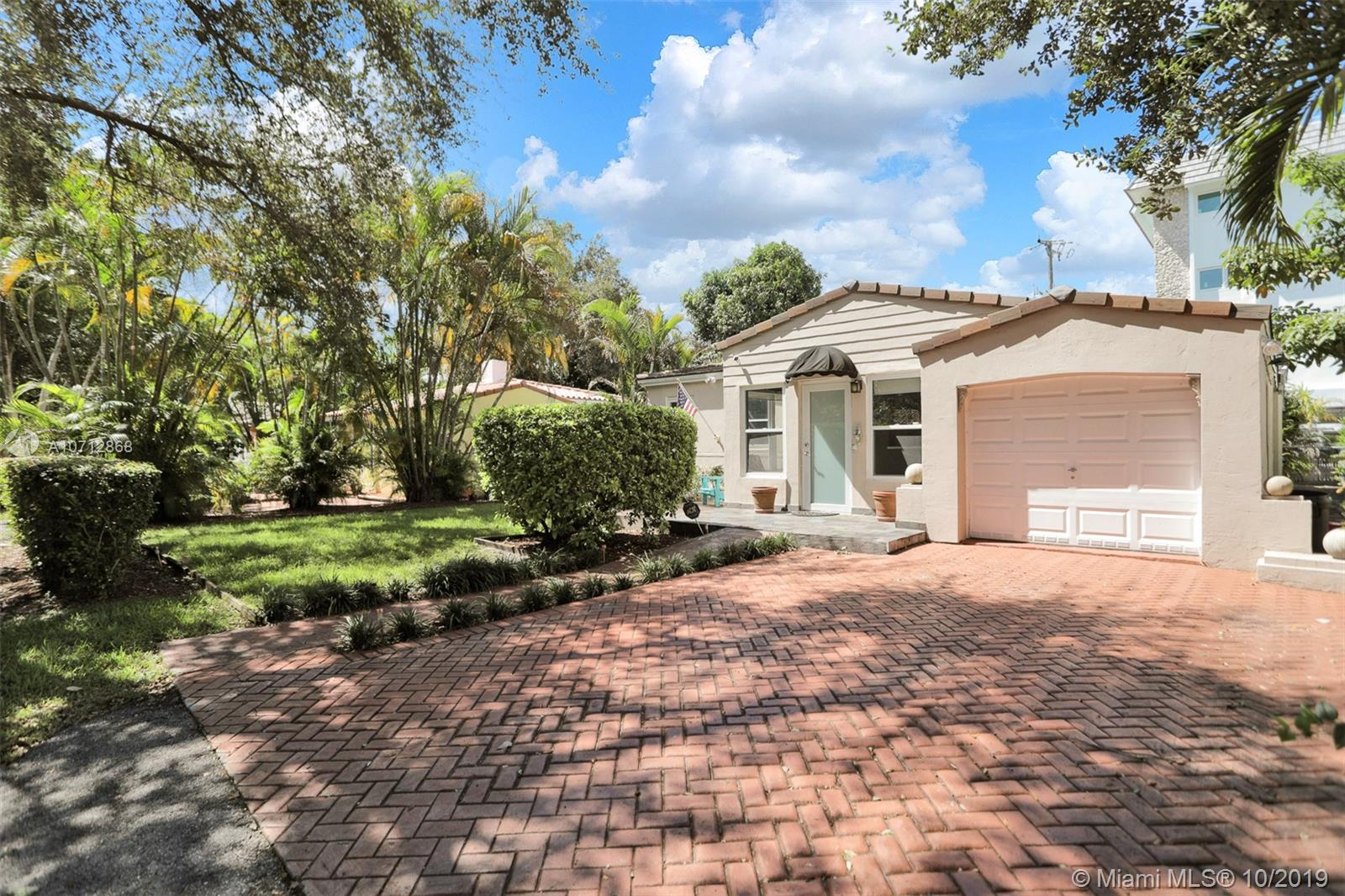 814  Monterey  For Sale A10712868, FL