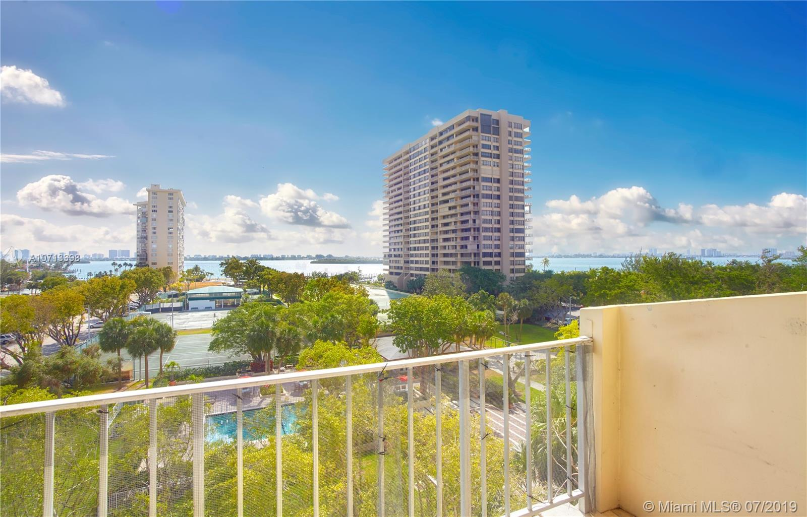 11111  Biscayne Blvd #6D For Sale A10713398, FL