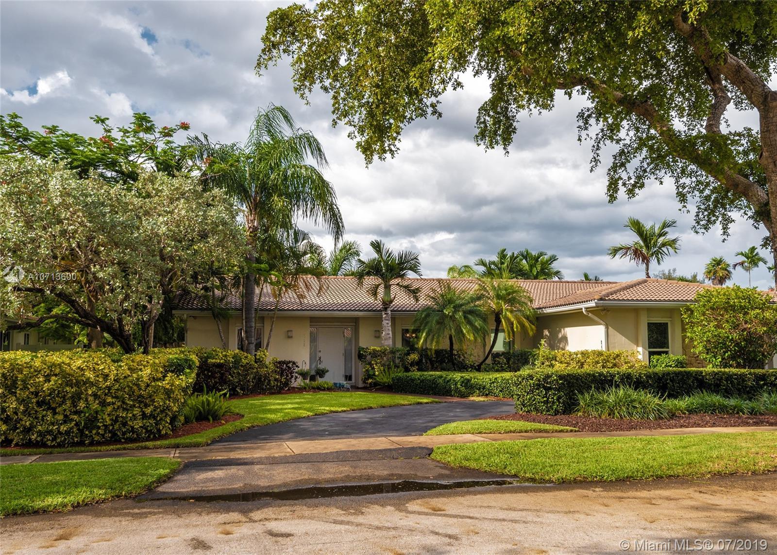 2011 NE 211th St  For Sale A10713600, FL