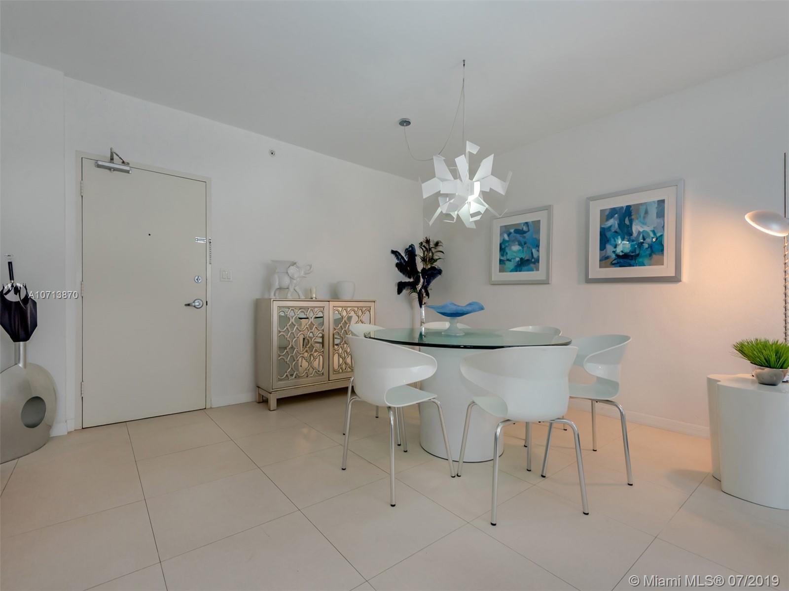 10275  Collins Ave   417