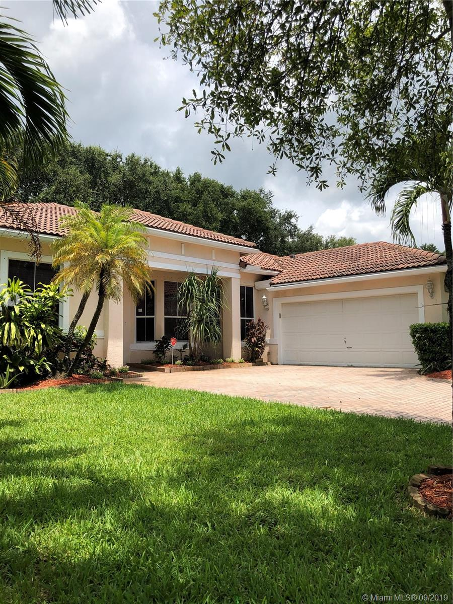 5347 SW 34th Way  For Sale A10714252, FL