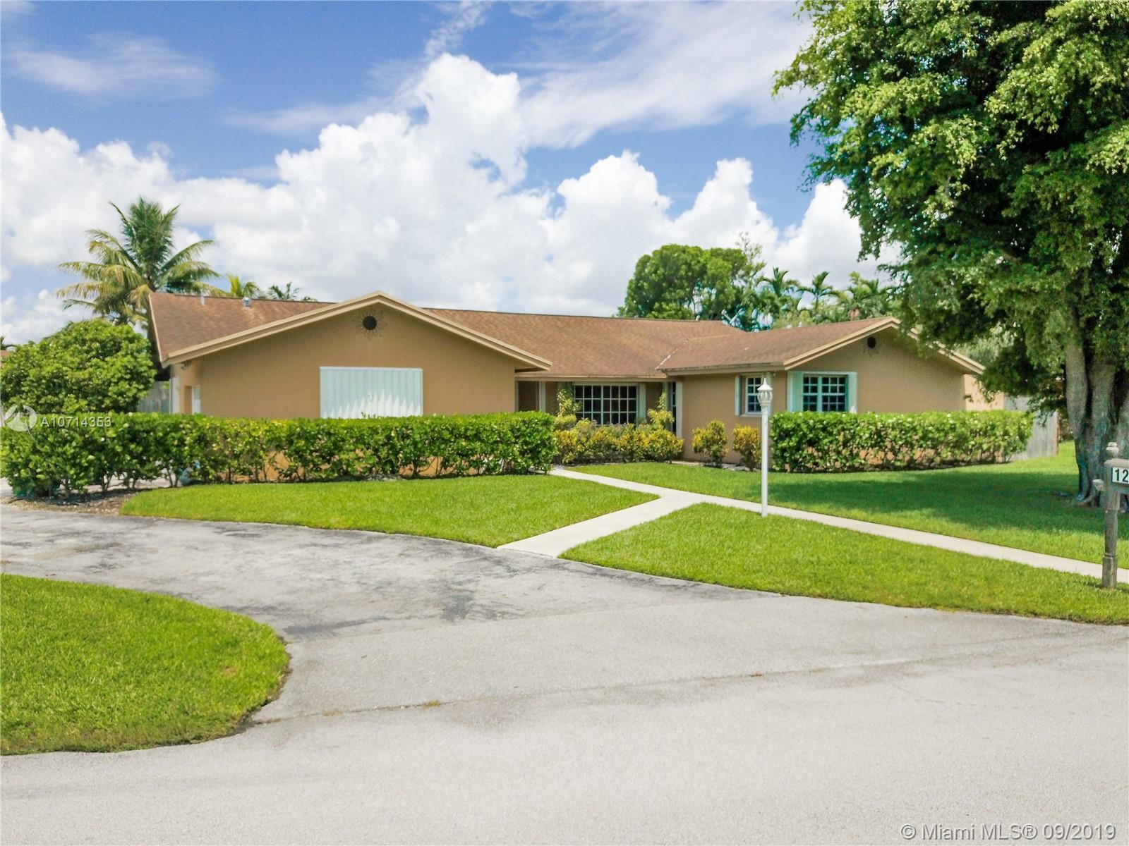 12904 SW 94th Pl  For Sale A10714353, FL