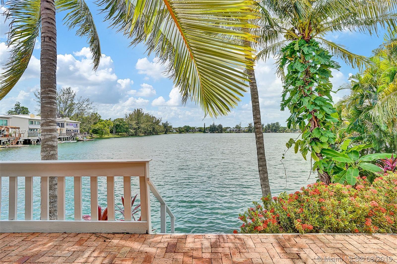 7026 SW 48th Ln, Miami, FL 33155