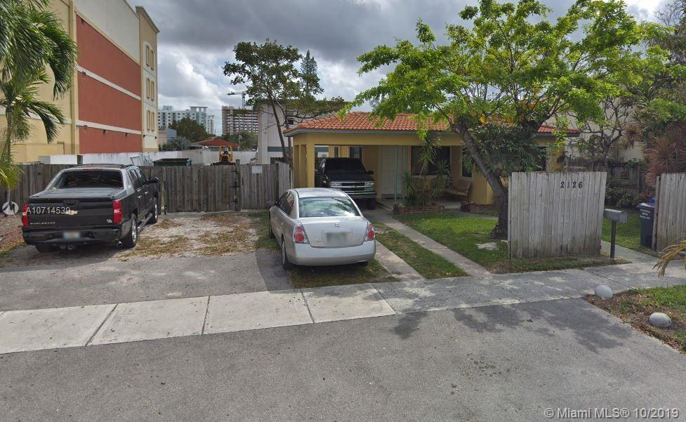 2126  Fillmore St  For Sale A10714539, FL