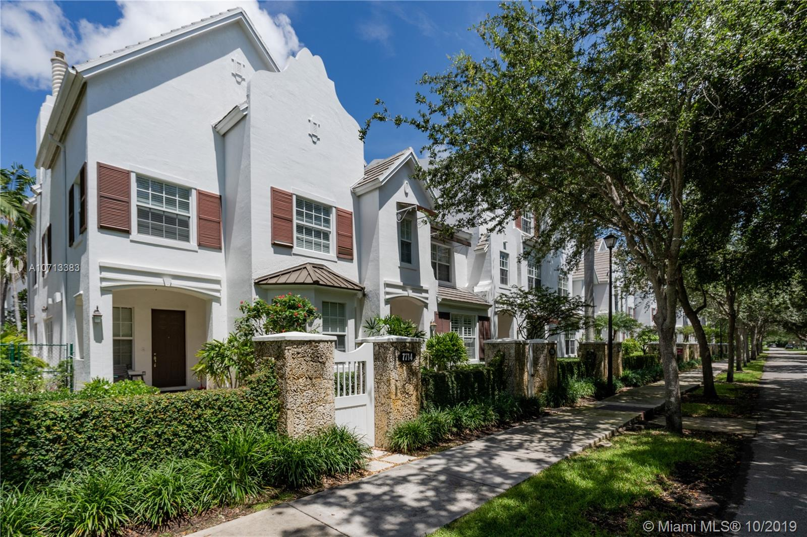 7706 SW 54th Ave  For Sale A10713383, FL