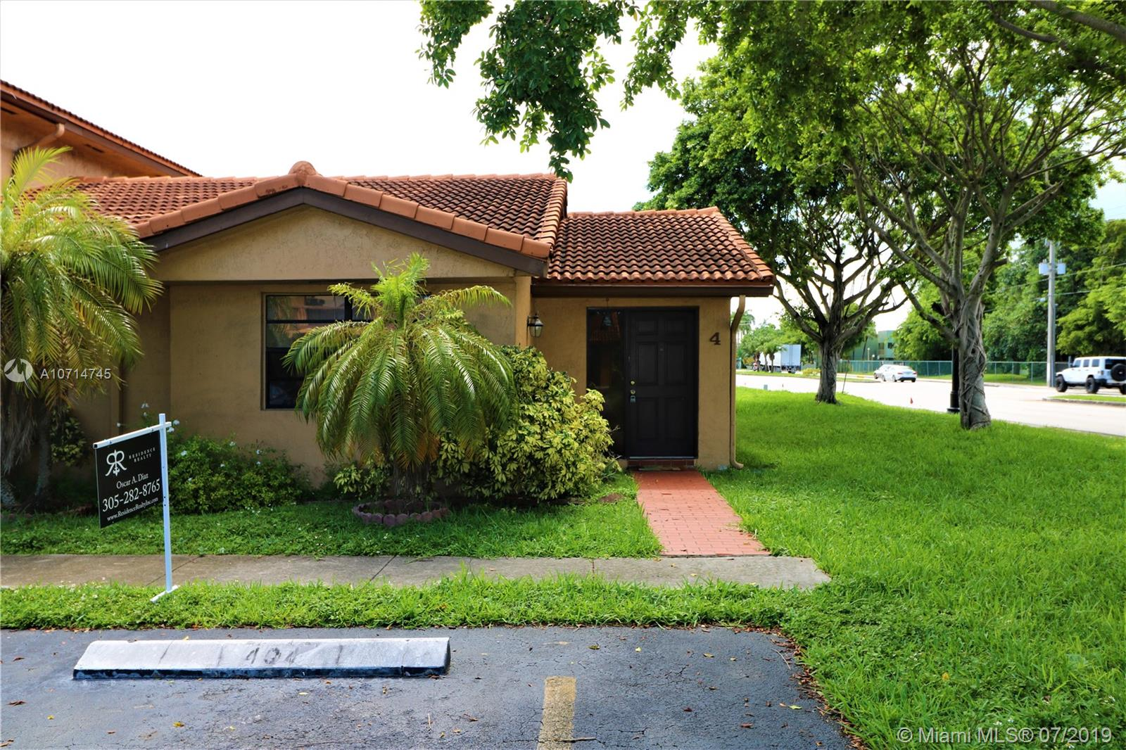 10908 NW 7th St #404 For Sale A10714745, FL