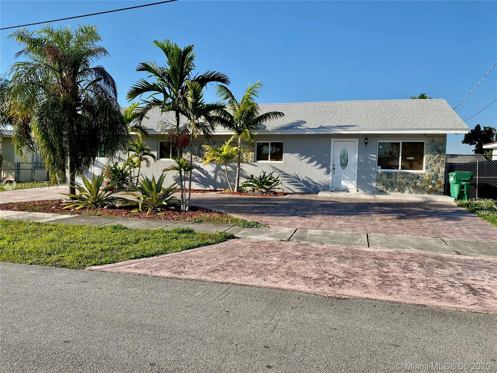 11045 SW 51st Ter  For Sale A10714971, FL