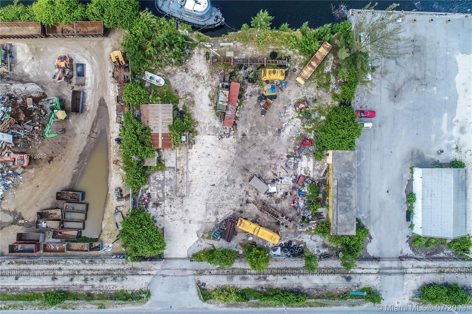 3440 NW North River Dr, Miami, FL 33142