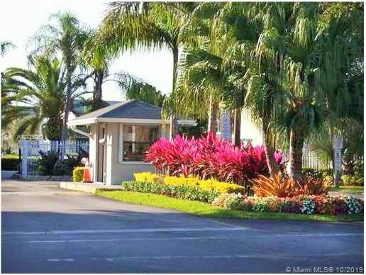 1042  Adams Ave #1042H For Sale A10715059, FL