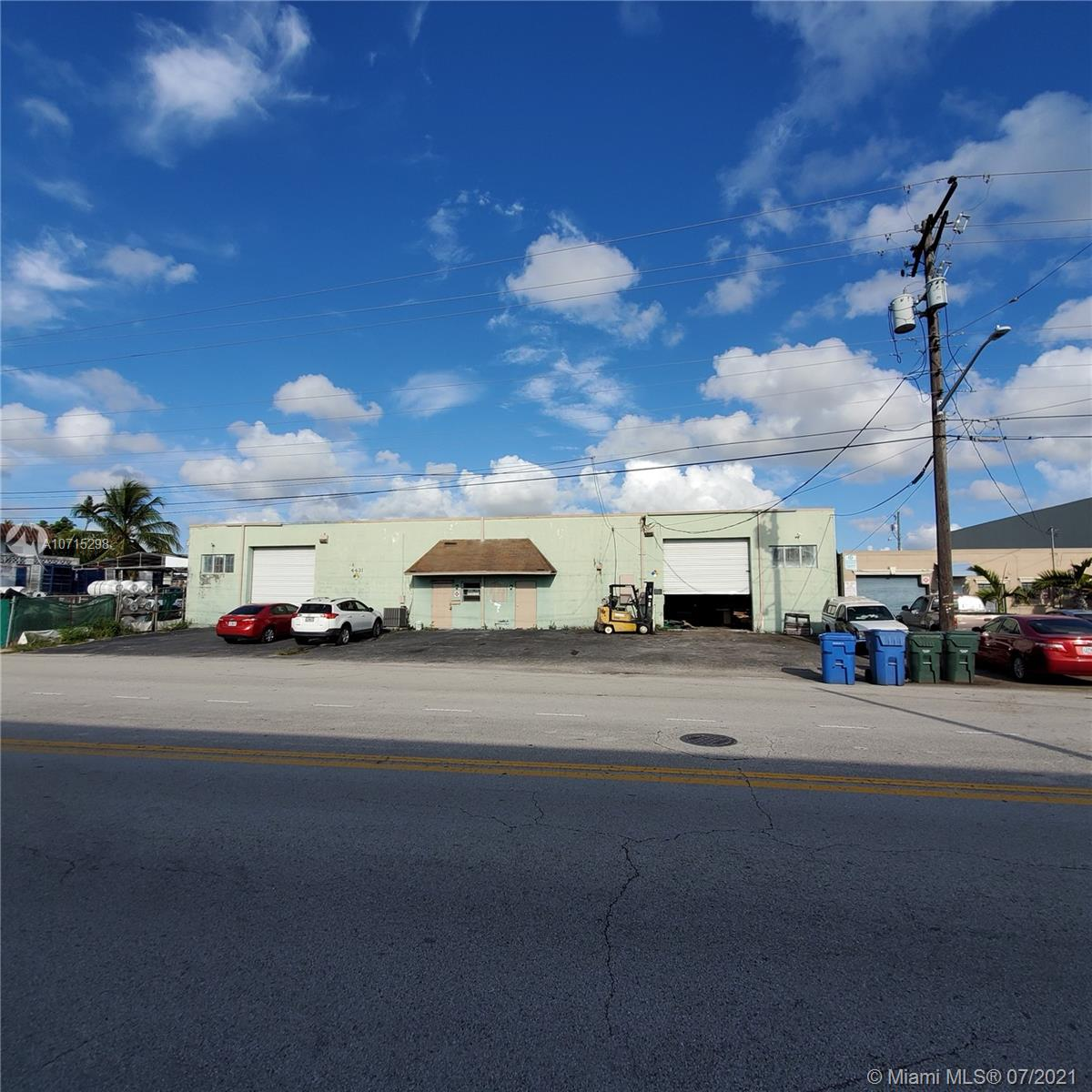 4431 NE 6th Ave, Oakland Park, FL 33334