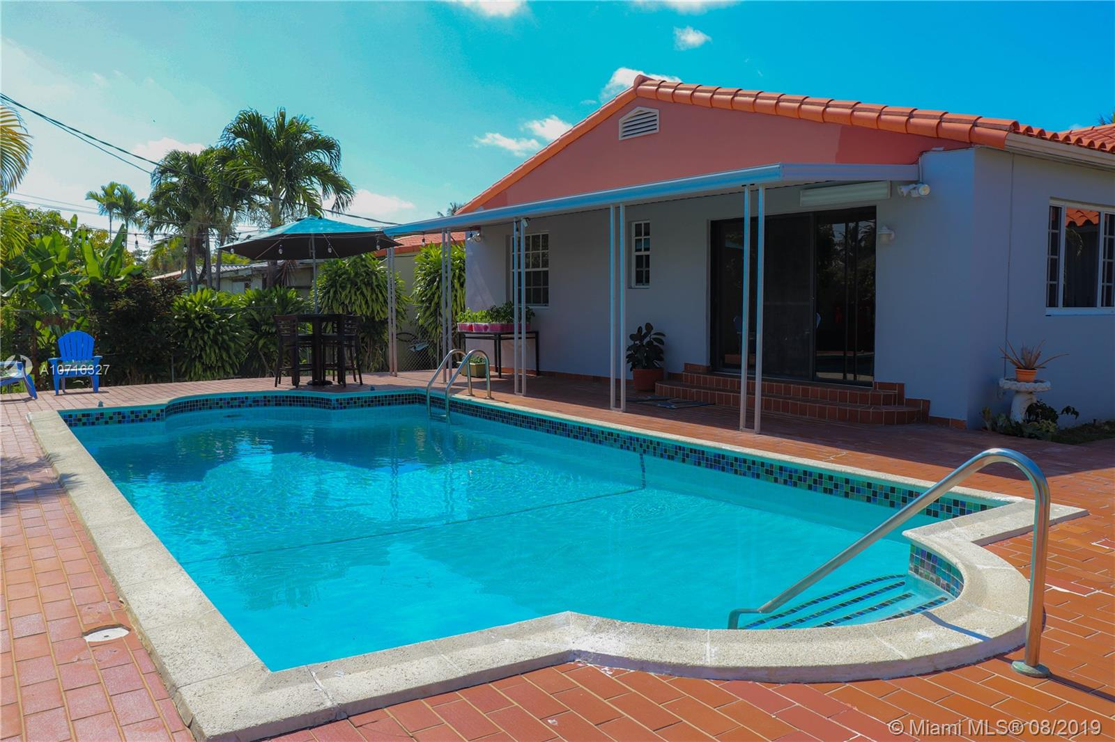 2195 SW 25th Ter  For Sale A10716327, FL