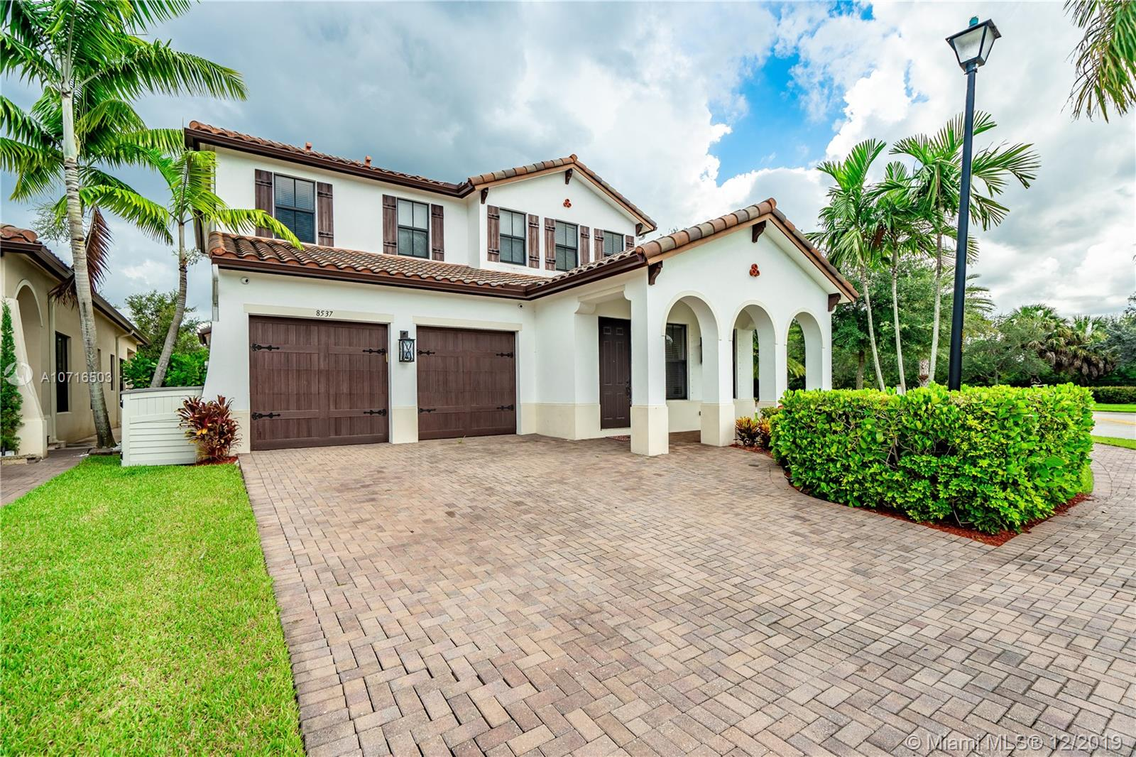 8537 NW 39th Ct  For Sale A10716503, FL