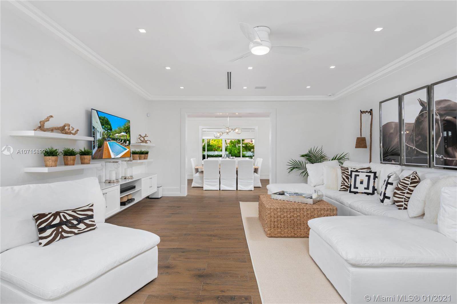 2575  Pine Tree Dr  For Sale A10715899, FL