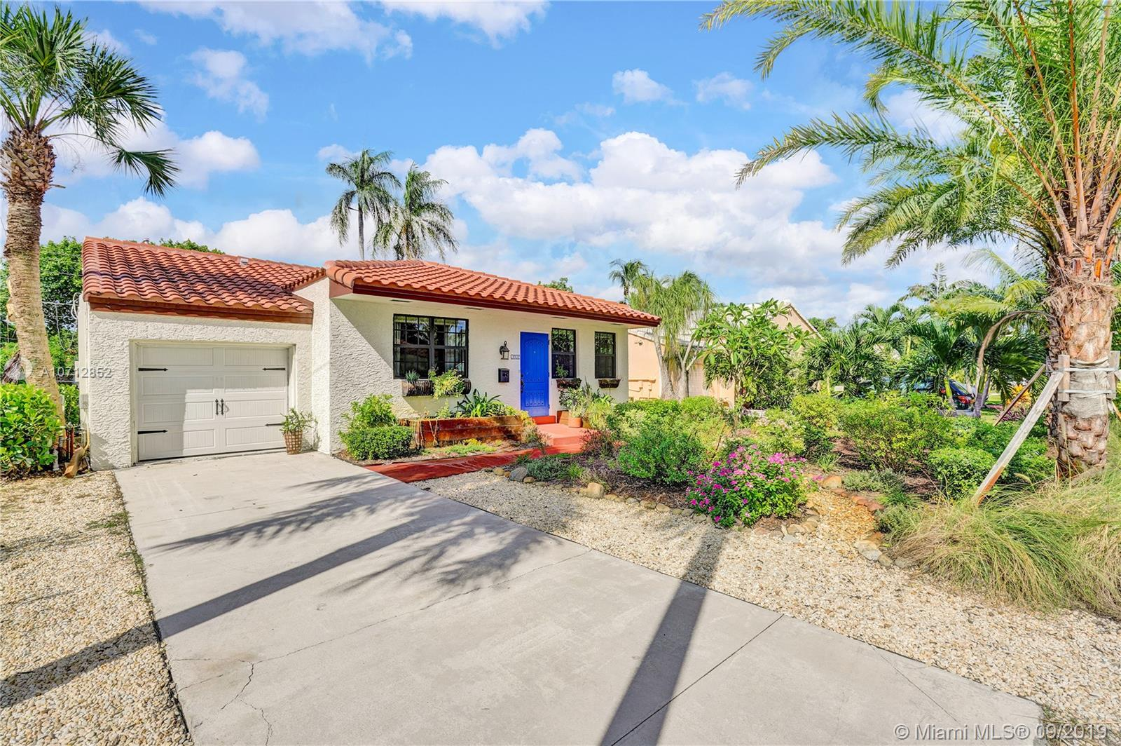1525  Funston St  For Sale A10712852, FL