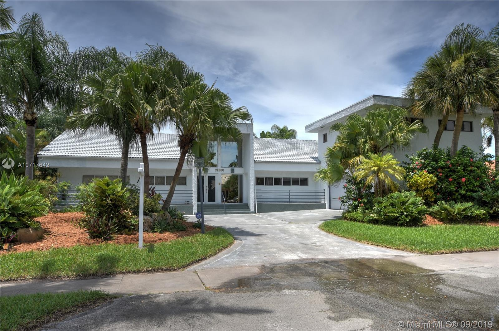 21300  Highland Lakes Blvd  For Sale A10717642, FL