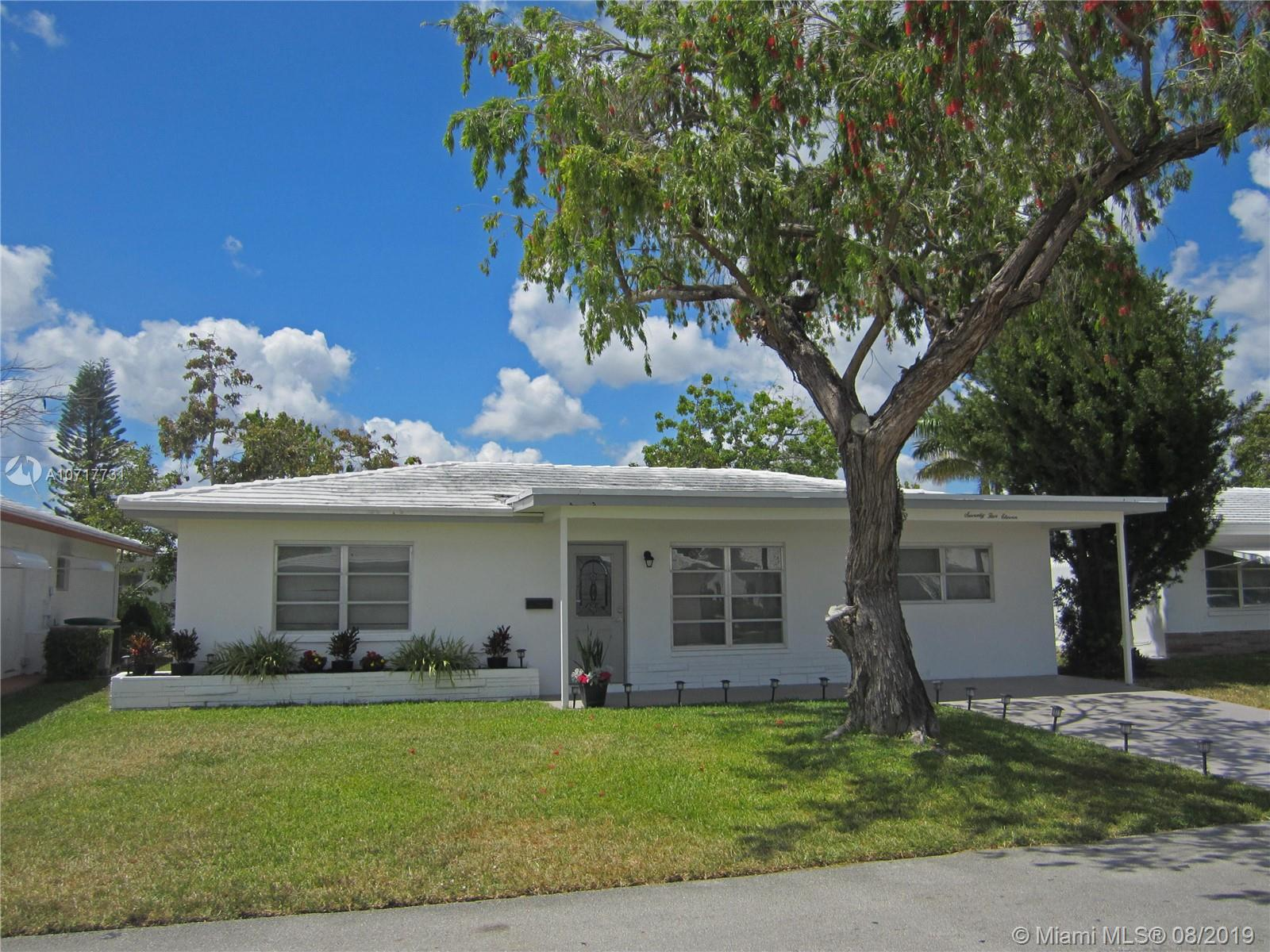 7511 NW 66th Ter  For Sale A10717731, FL