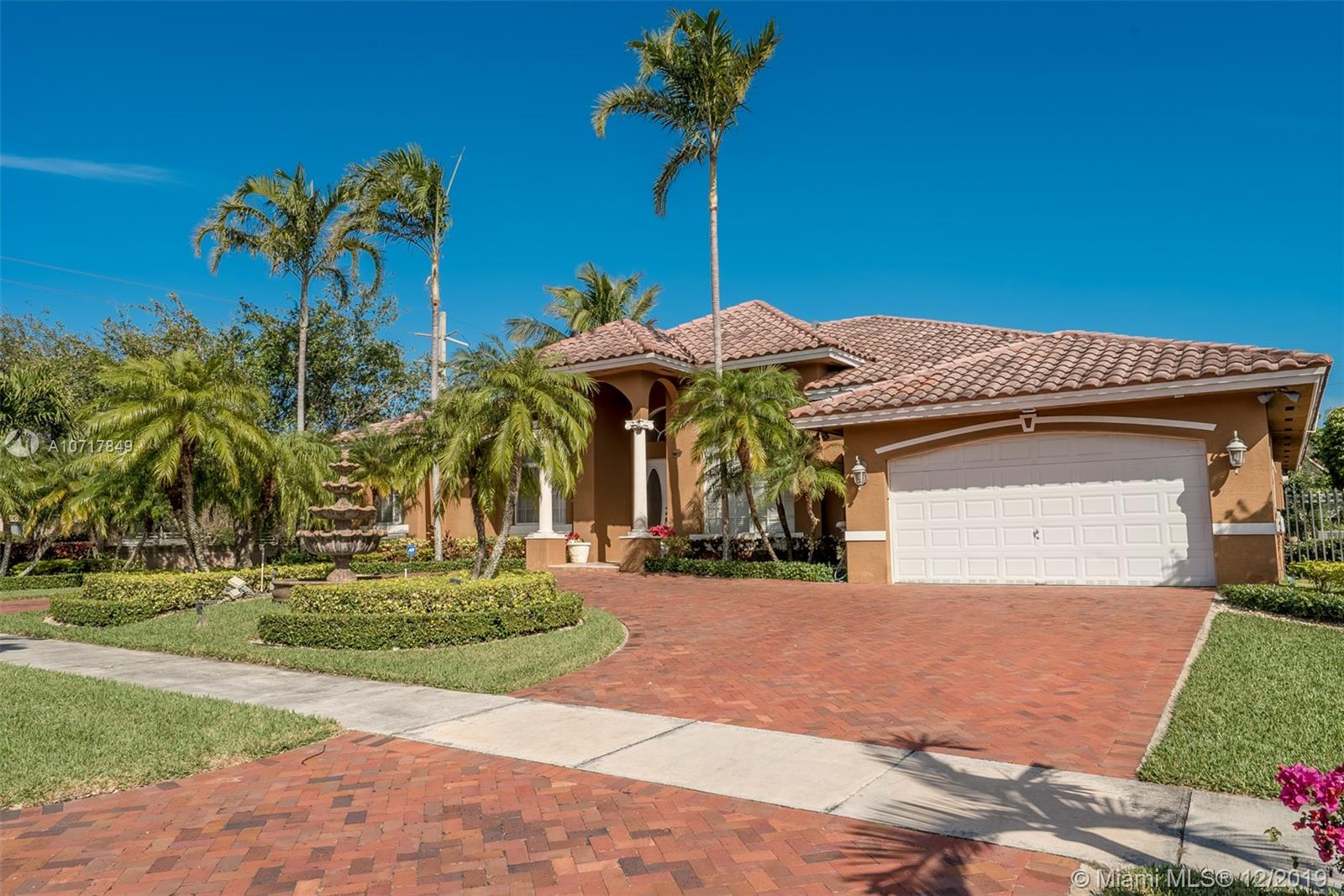 15201 SW 89th Ct  For Sale A10717849, FL