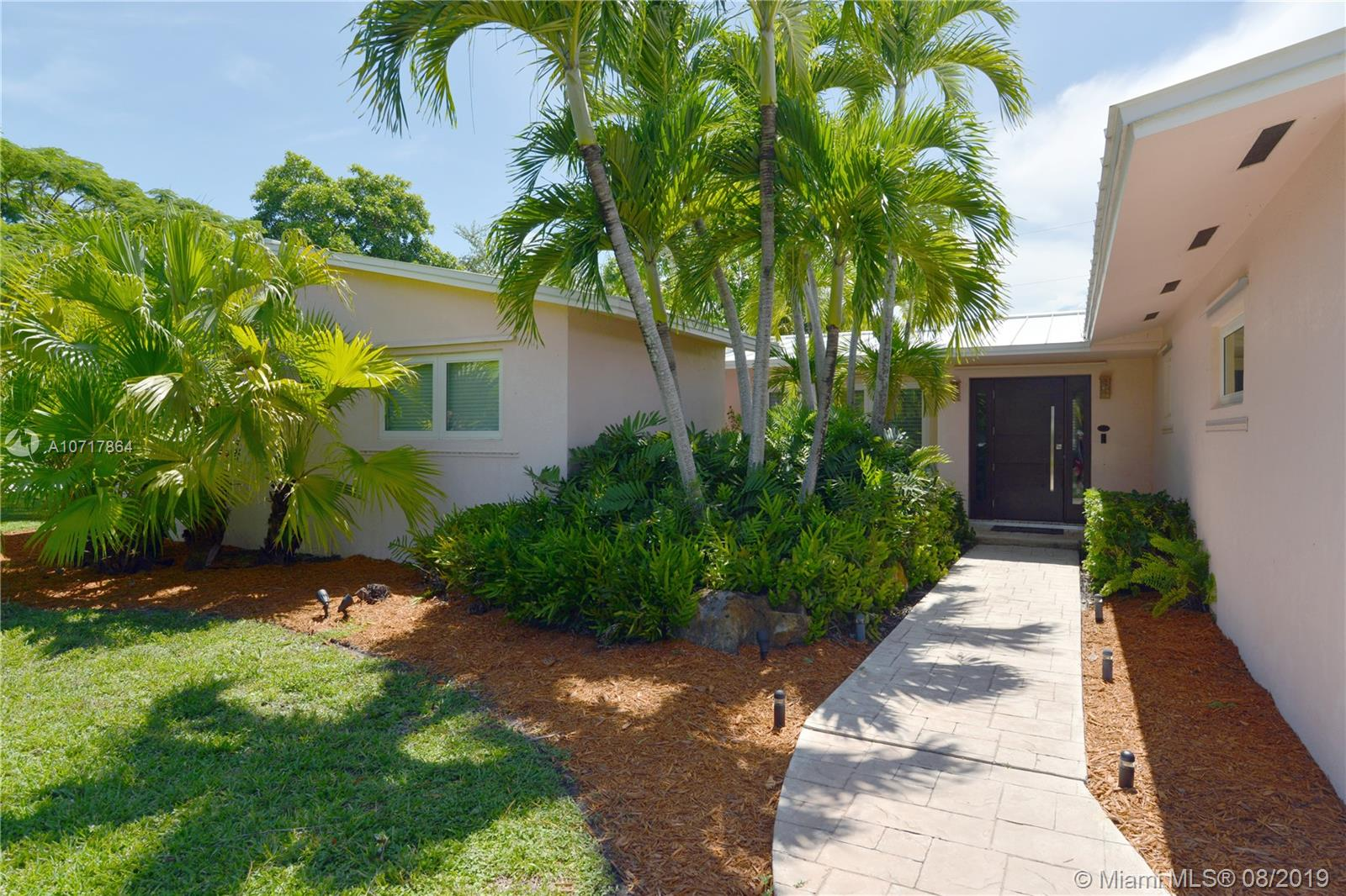 17350 SW 87th Ct  For Sale A10717864, FL