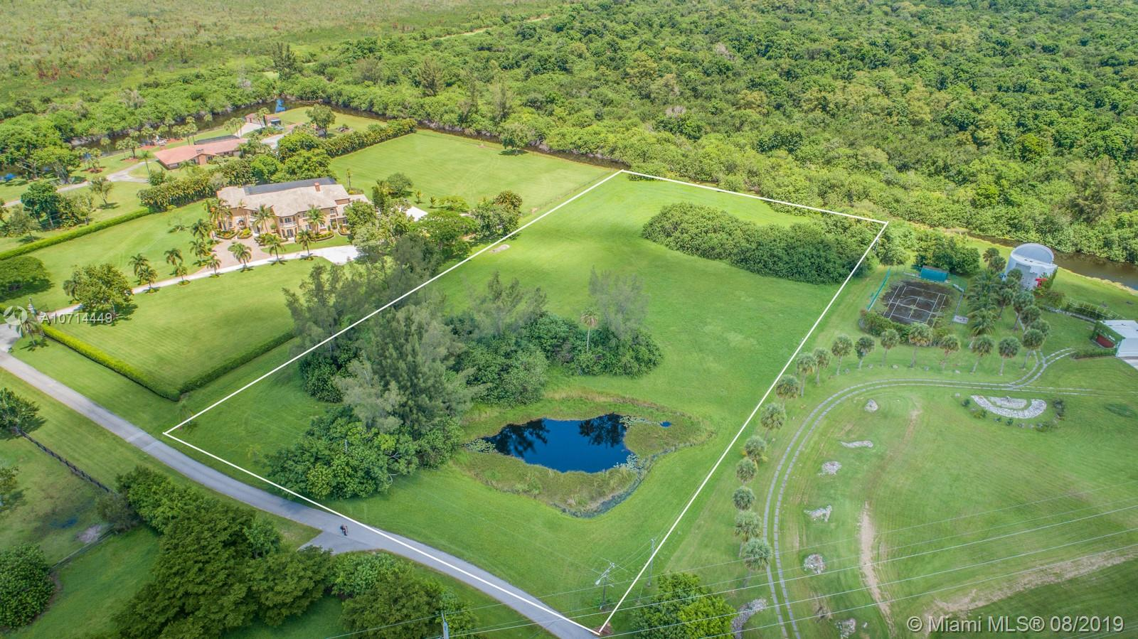 10805  La Reina Rd  For Sale A10714449, FL