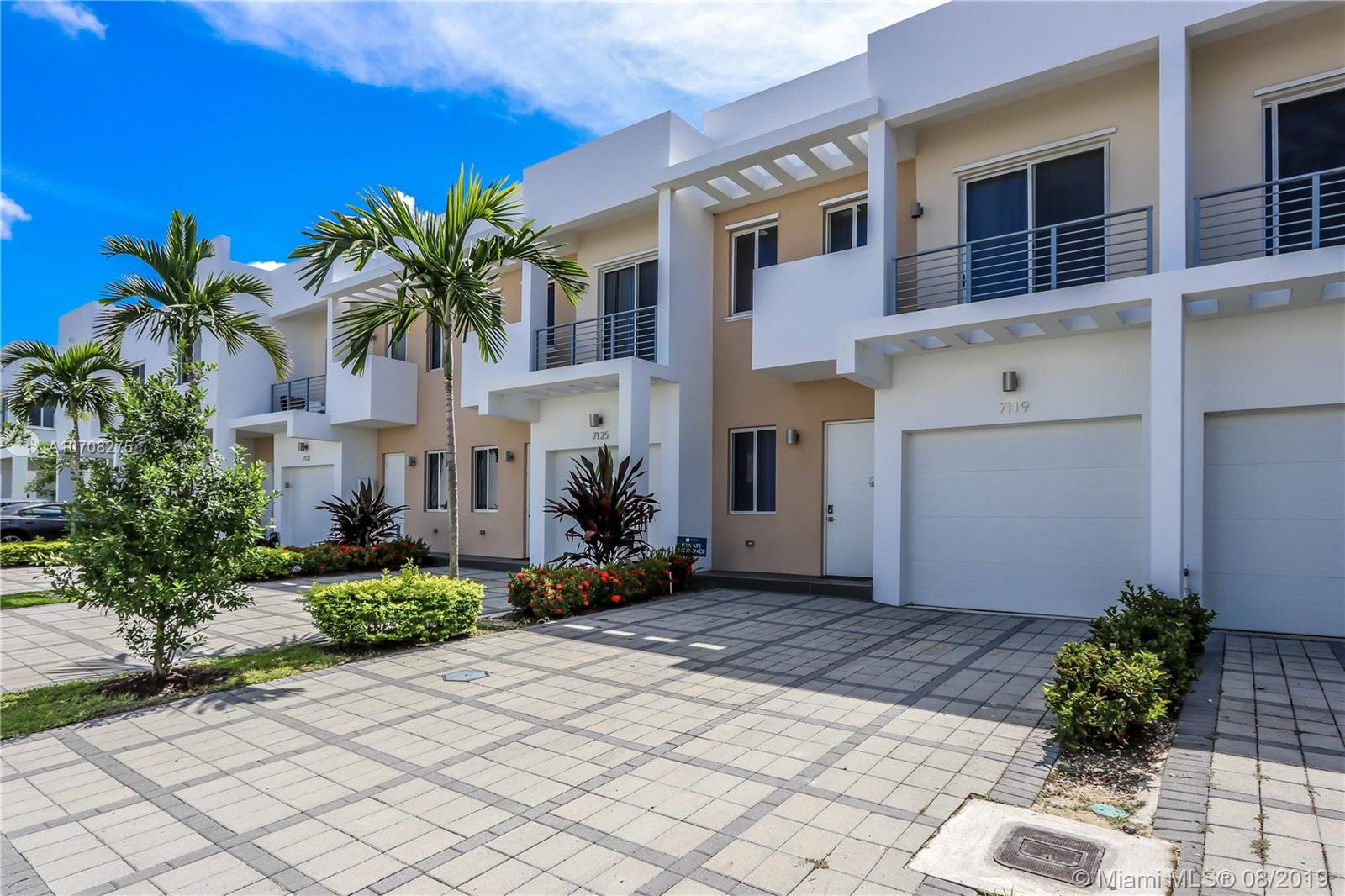7119 NW 102 place  For Sale A10708275, FL